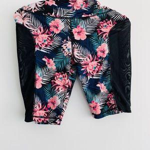 Floral gym biker shorts. Mesh on the side. Medium